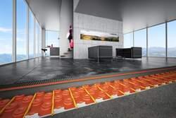 Fußbodenheizungen geben Wärme großflächig ab - das spart Energie.